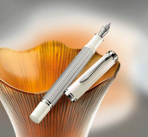 Pelikan Souverän m405 Silver-White